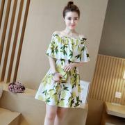 2018夏季女装多种穿法甜美碎花无袖露肩宽松收腰显瘦沙滩连衣裙