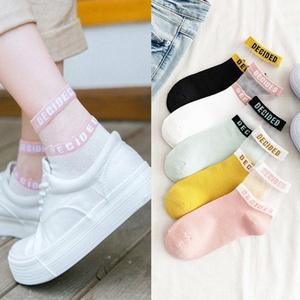 袜子女学院风中筒袜子韩版甜美秋冬季休闲日系英文玻璃丝袜ins 潮