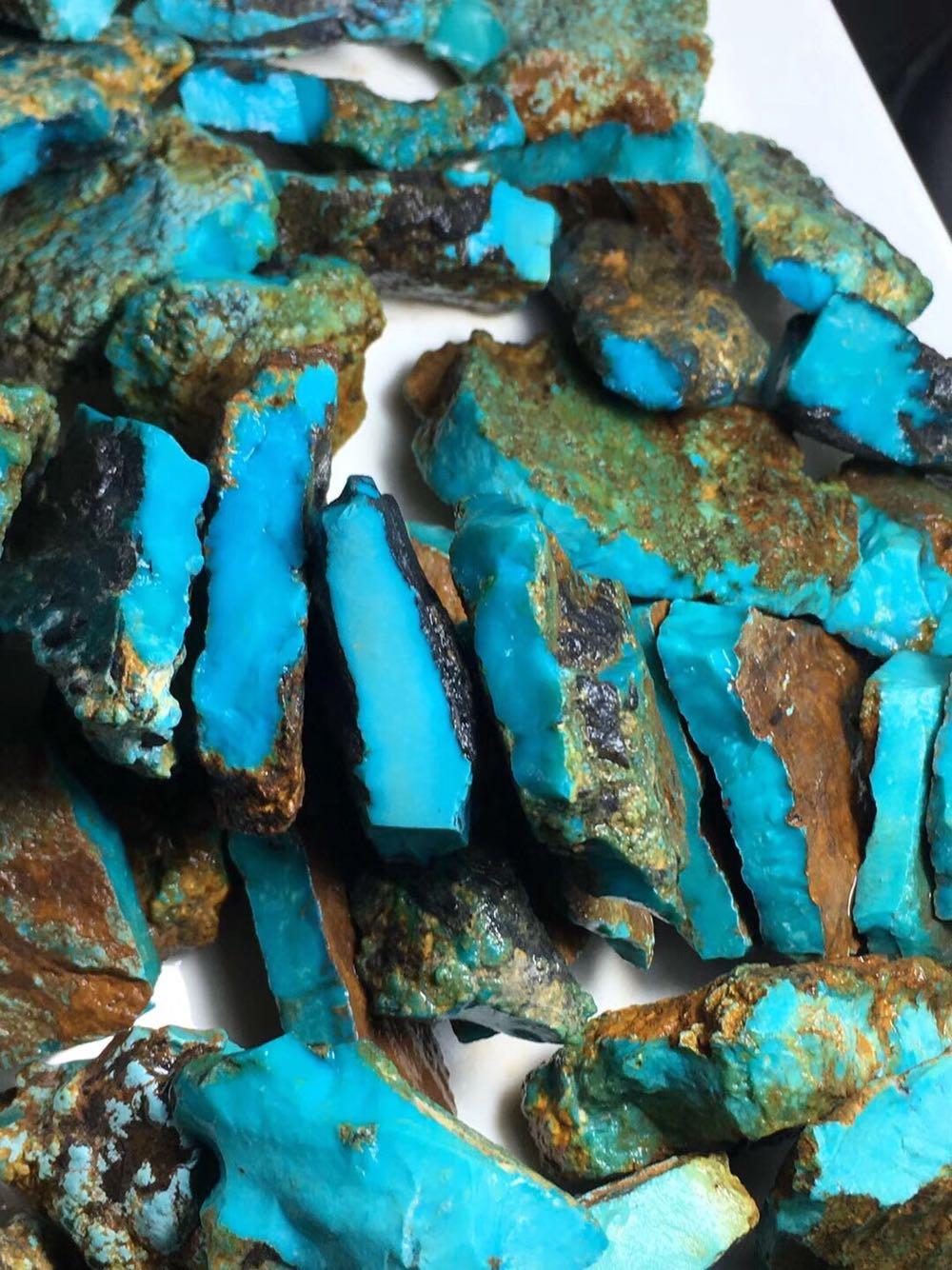 原矿天然绿松石圆珠毛料原石手串吊坠桶珠三通佛头散珠雕件DIY