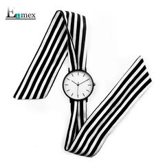女士黑白手表