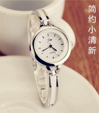 韩版正品手镯式手表学生复古休闲简约时尚潮流白陶瓷手链石英女表特价精选
