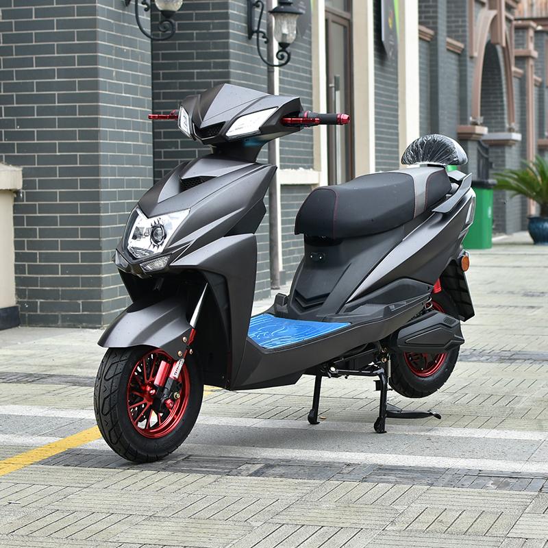 雅迪电动车自行车60v