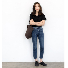 KNGS Spring and Autumn Retro Slim Elastic Tight, High-waisted, Straight-barreled, Nine-minute Bottom-edged Jeans