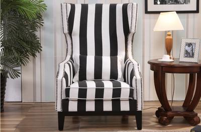 条纹沙发椅