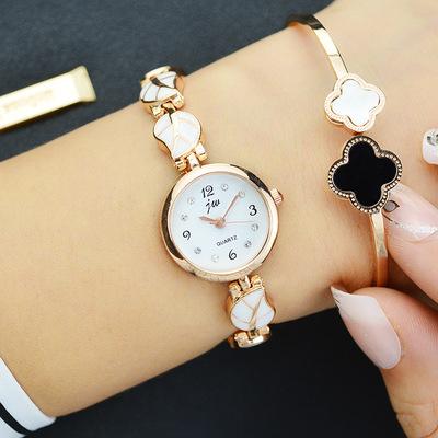 新款正品潮流时尚休闲石英小表盘女士腕表树叶时装手链表女表