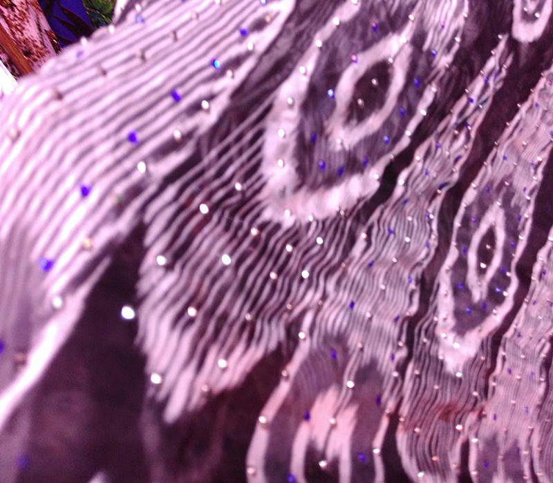 维吾尔族布料艾德莱斯真丝绸宽幅1米10cm新款礼品特价
