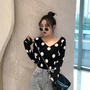 时尚百搭复古2018秋装新款韩版上衣女港味V领波点打底显瘦长袖T恤