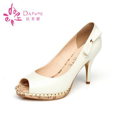 Daphne/达芙妮女鞋春季新款 细高跟蝴蝶结闪亮鱼嘴单鞋