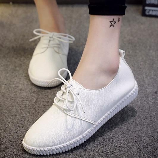 百搭小白鞋皮鞋