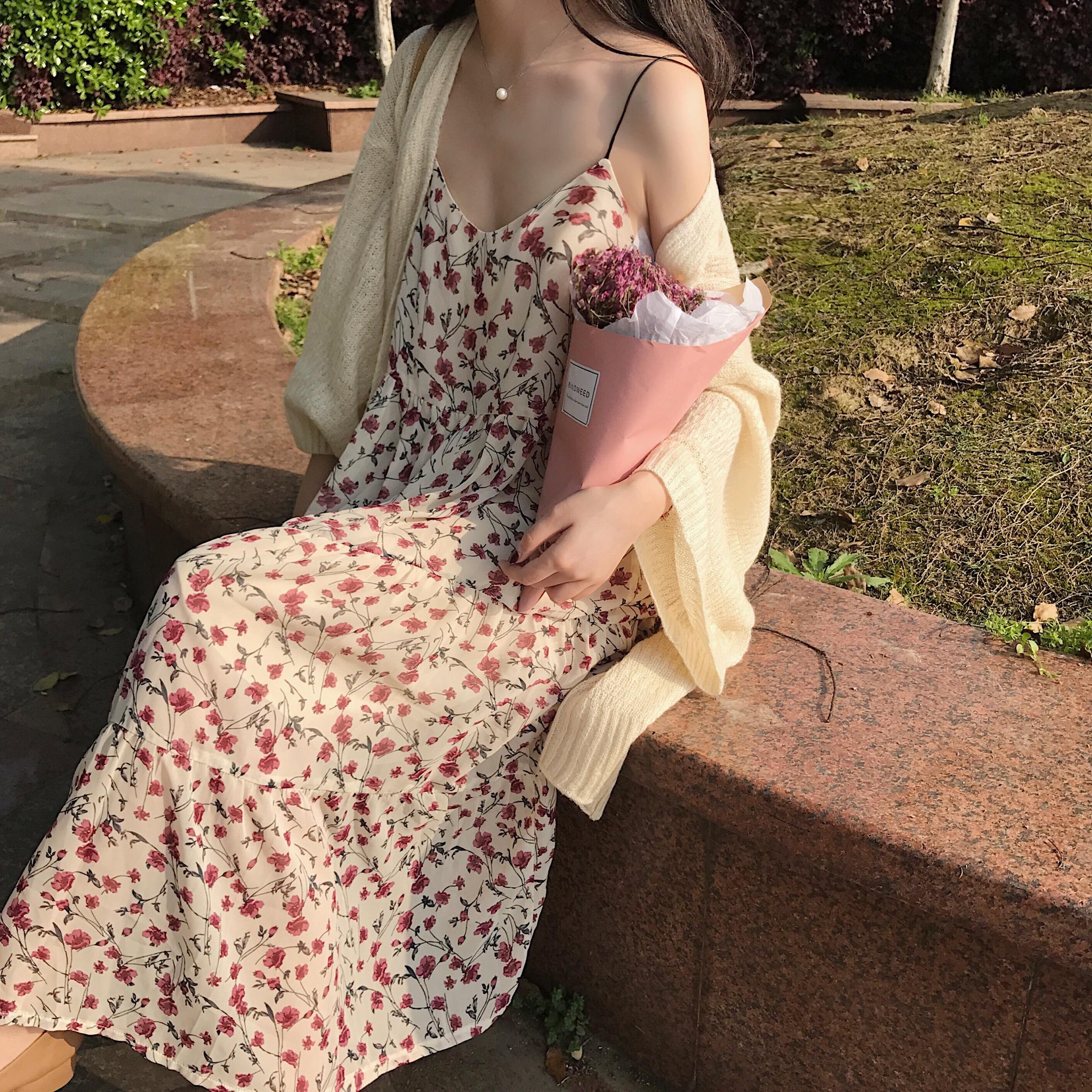 休闲花边连衣裙