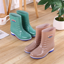 Rain boots women short tube adult rain boots fashion water boots summer waterproof shoes ladies non-slip in the tube rubber shoes sets of shoes