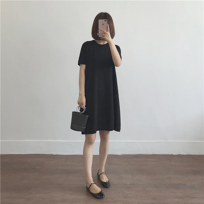 条纹冰丝针织连衣裙