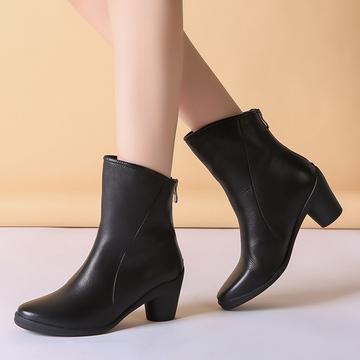 冬天鞋子加绒保暖秋季小短靴2018新款个性真皮百搭女款时尚马丁靴
