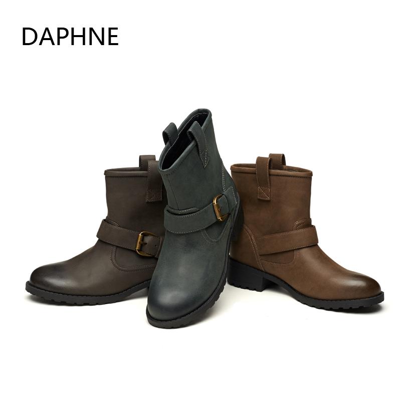 Daphne达芙妮雪地靴短靴女冬清仓英伦平底粗跟圆头皮带扣女靴