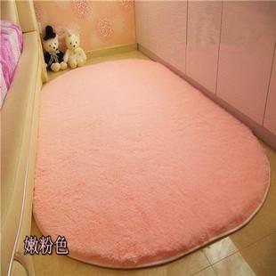 柔软地毯客厅