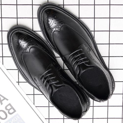 春秋布洛克皮鞋韩版雕花英伦商务正装皮鞋男士尖头青年黑色结婚鞋
