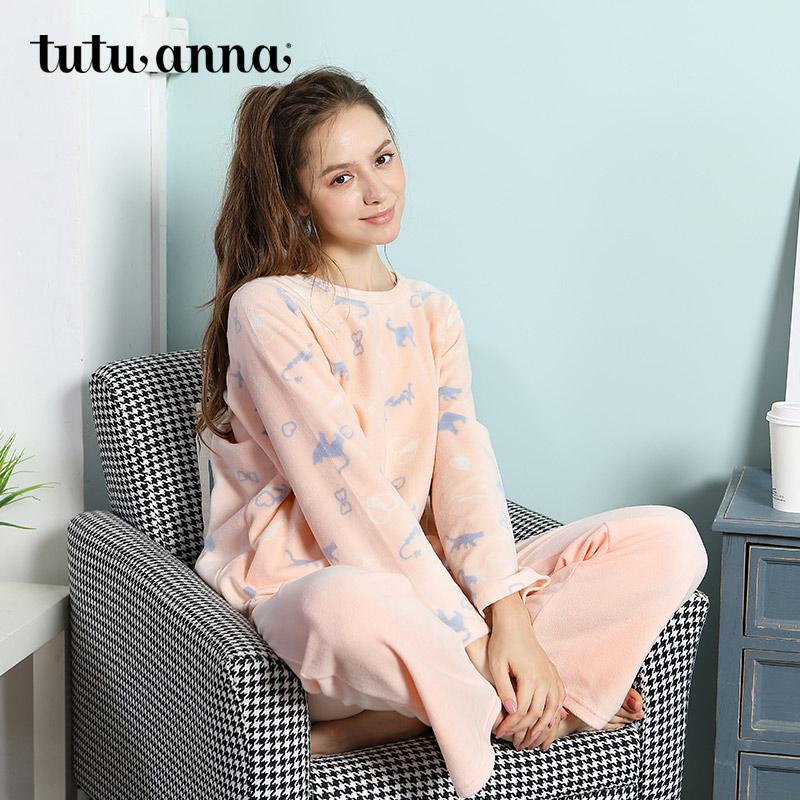 珊瑚绒蝴蝶结睡衣