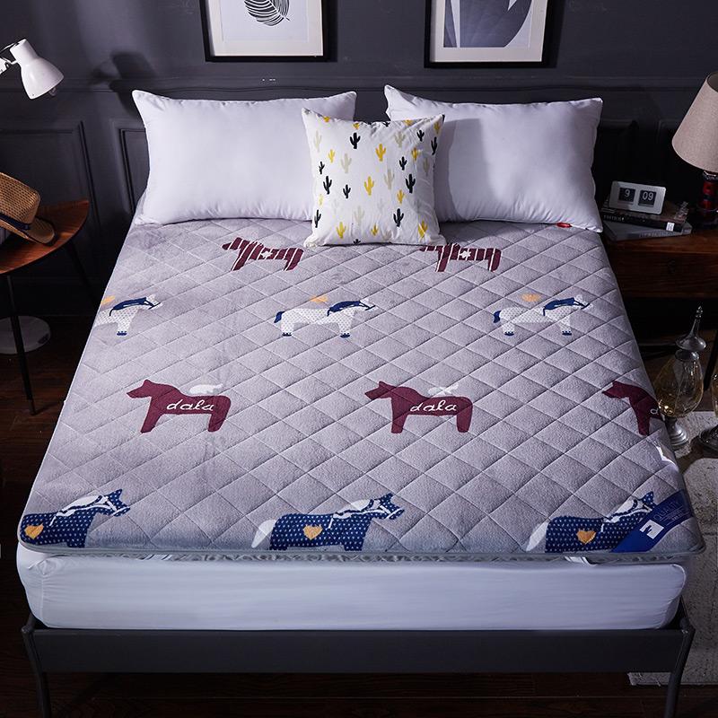 折叠床垫1.5m1.8米榻榻米床褥子双人单人学生宿舍1.2垫被地铺睡垫3元优惠券