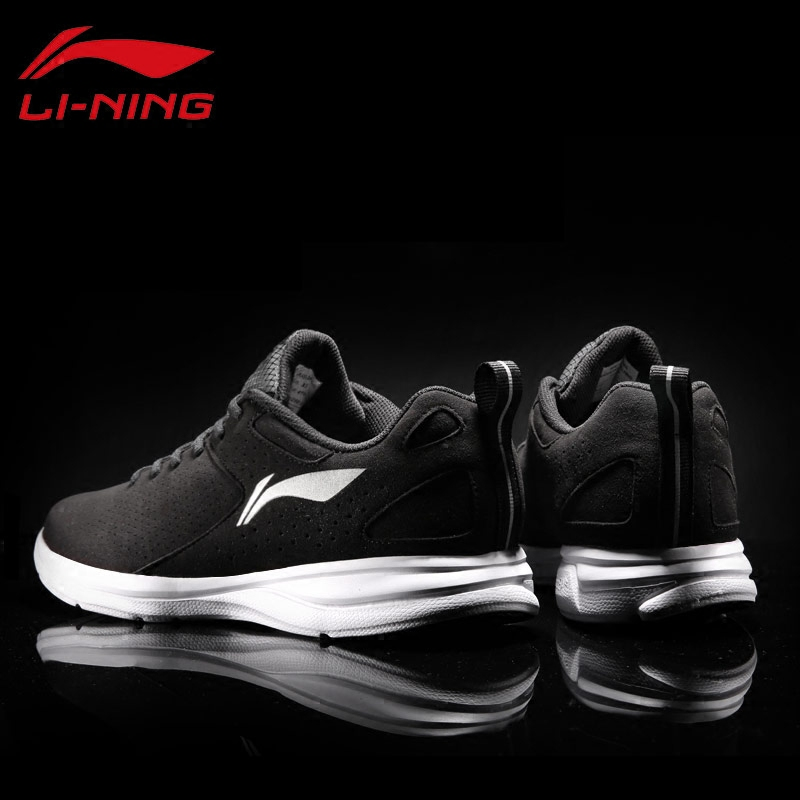 李宁男鞋运动鞋男冬季新款皮面保暖跑步鞋男休闲运动健身旅游鞋子