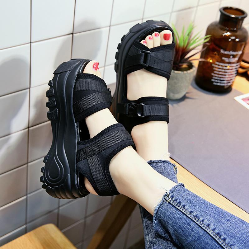 33码厚底凉鞋