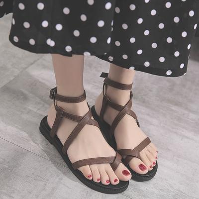 2018新款chic凉鞋女夏韩版ulzzang平底学生简约百搭复古罗马女鞋