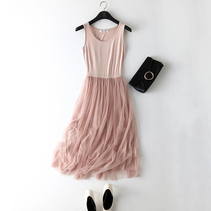 蕾丝吊带衣裙