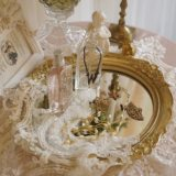 Imported luxury French resin lace shabby original round mirror fruit plate tea tray