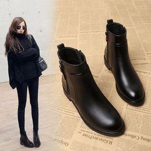 小跟短靴女2017秋冬季新款韩版百搭英伦女鞋马丁靴平底加绒女靴子