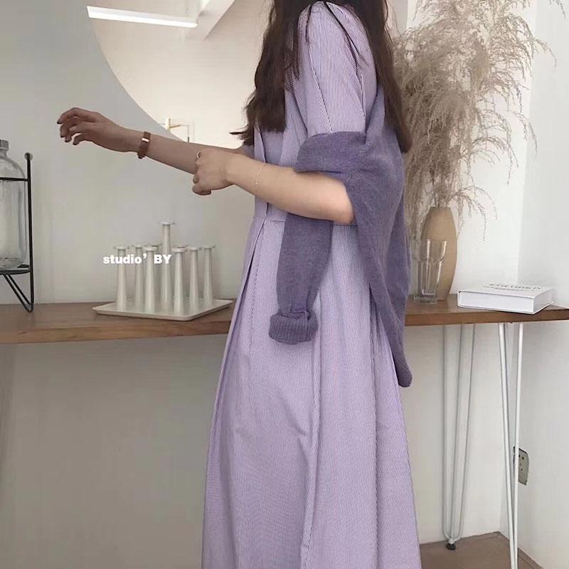 颜色色连衣裙