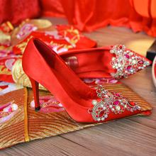 中式婚鞋女2019新款冬季红色高跟鞋水晶绣花鞋秀禾结婚鞋子新娘鞋图片