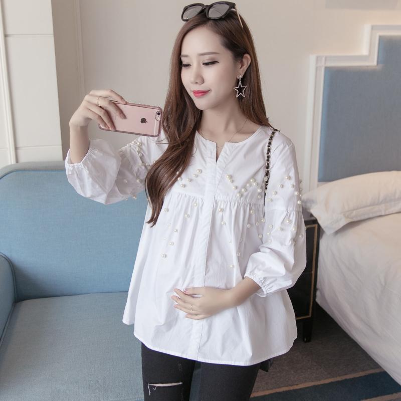 孕妇装春装上衣白色孕妇衬衫短款衬衣韩版潮妈钉珠娃娃衫打底衫女
