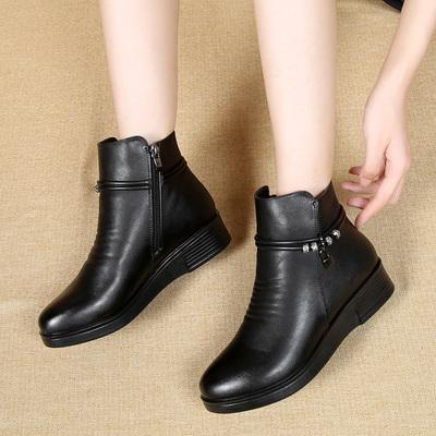 棉鞋女冬短靴妈妈鞋平底防滑中年老人皮鞋加绒保暖棉靴中老年女靴