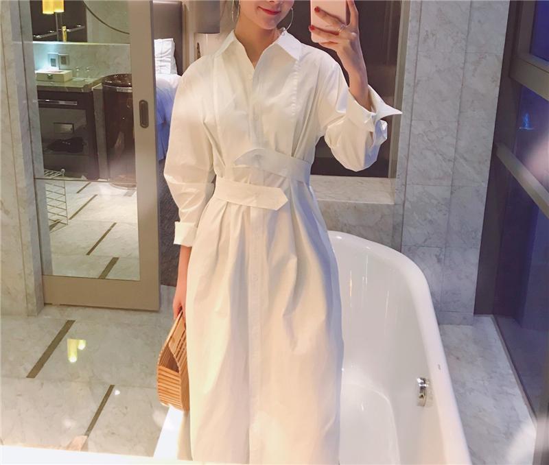 2018 夏新气质 宽松收腰长款单排扣衬衫式白色系带前短后长连衣裙