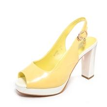 红蜻蜓正品新款夏季女鞋粗高跟时尚简约鱼嘴扣带女凉鞋K61162图片
