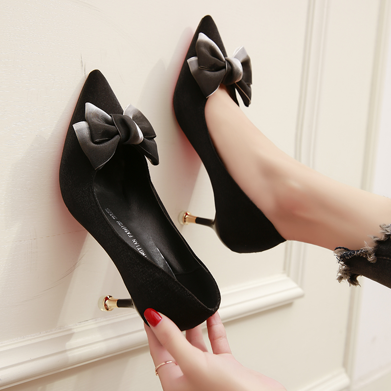 粉高跟单鞋