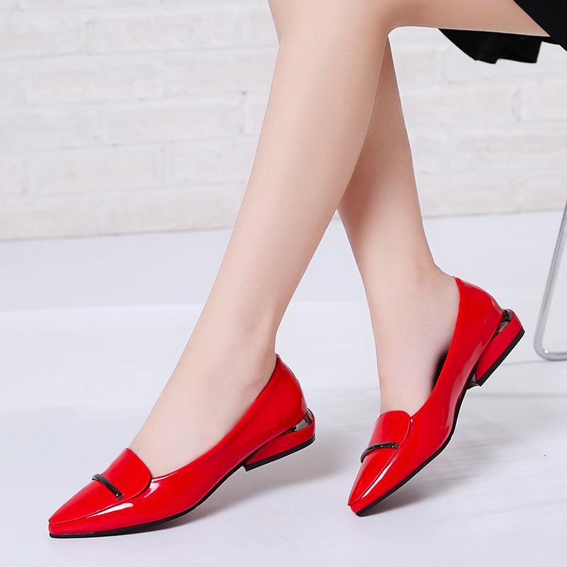 女士低跟皮鞋英伦