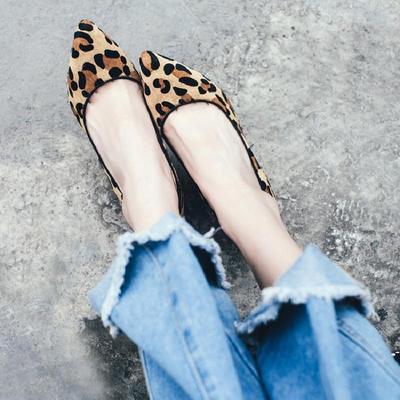 贝拉莉亚单鞋女鞋欧美春秋新款坡跟女高跟鞋尖头真皮马毛豹纹浅口