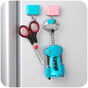 2个日本创意磁铁挂钩冰箱贴强磁吸力厨房微波炉无痕免钉门后挂钩