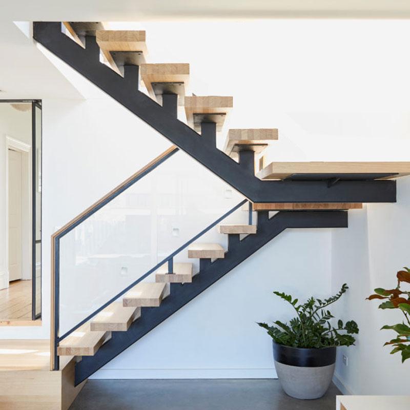 多马克森钢木直梁玻璃楼梯