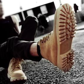 春季新款马丁靴男短靴潮鞋高帮英伦中帮沙漠工装军靴踢不烂大黄靴