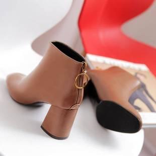 短靴女鞋加絨皮靴米白色馬丁靴女單靴粗高跟方頭方跟及踝火熱暢銷