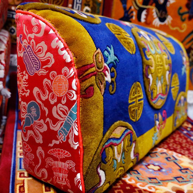 藏式羊毛靠枕佛教用品供养上师送礼柔软舒适客厅靠垫靠背腰枕