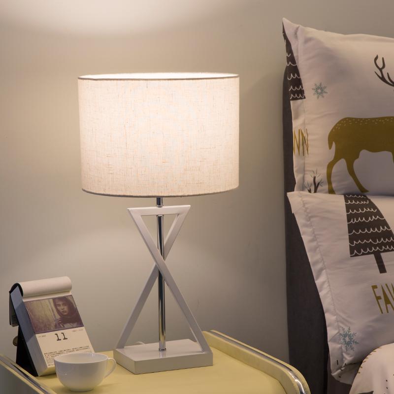 台灯卧室床头灯简约现代北欧创意美式遥控婚庆酒店床头柜结婚台灯