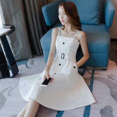 吊带一字肩白色桔梗很仙的法国小众连衣裙子夏季小清新2019新款女