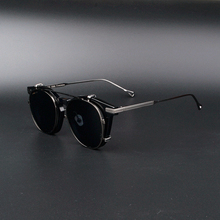 Shawn Yue with the same type eyeglass frame hanging frame sunglasses dual-use plate pure titanium large frame Polarized Sunglasses