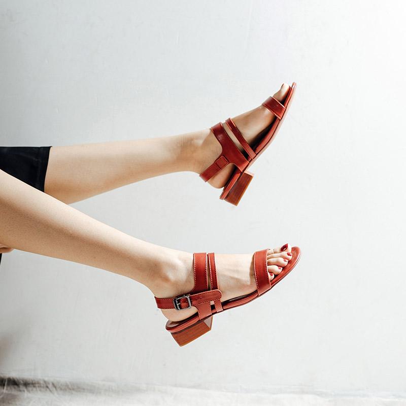 妙侣欧美时尚中跟皮带扣凉鞋夏2019新款一字带粗跟百搭显瘦女鞋子