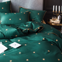 Bed four sets of cotton pure cotton home textile sheets three sets of 1.8m light luxury wind 1.5m bedding in Nordic