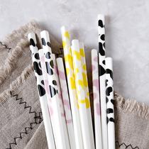 陶瓷筷子 家用日式可爱奶牛骨瓷筷子 5双家庭套装 送礼品 包邮
