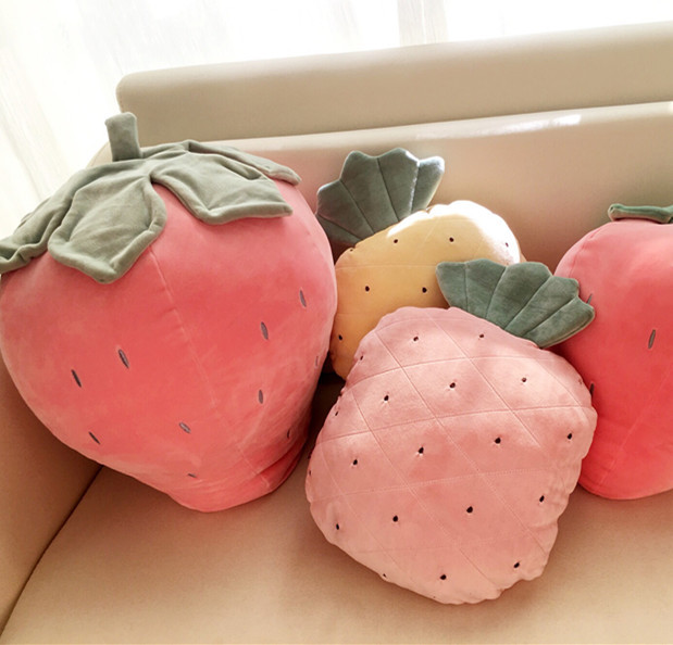 草莓公仔毛绒