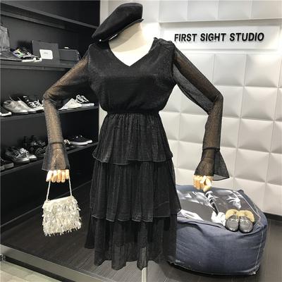 2019新款春季女装V领长袖高腰显瘦气质荷叶边蛋糕裙子闪亮连衣裙